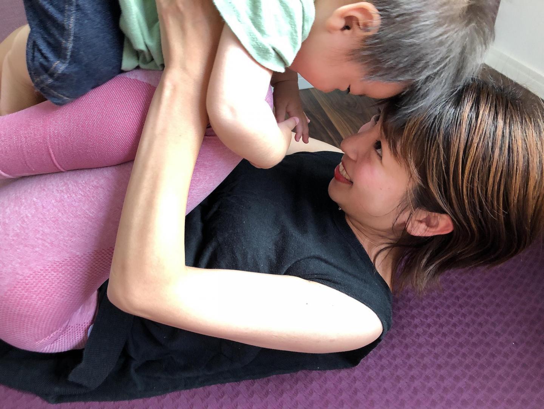 【石川県・白山市】子育てが10倍楽しくなるベビーヨガ