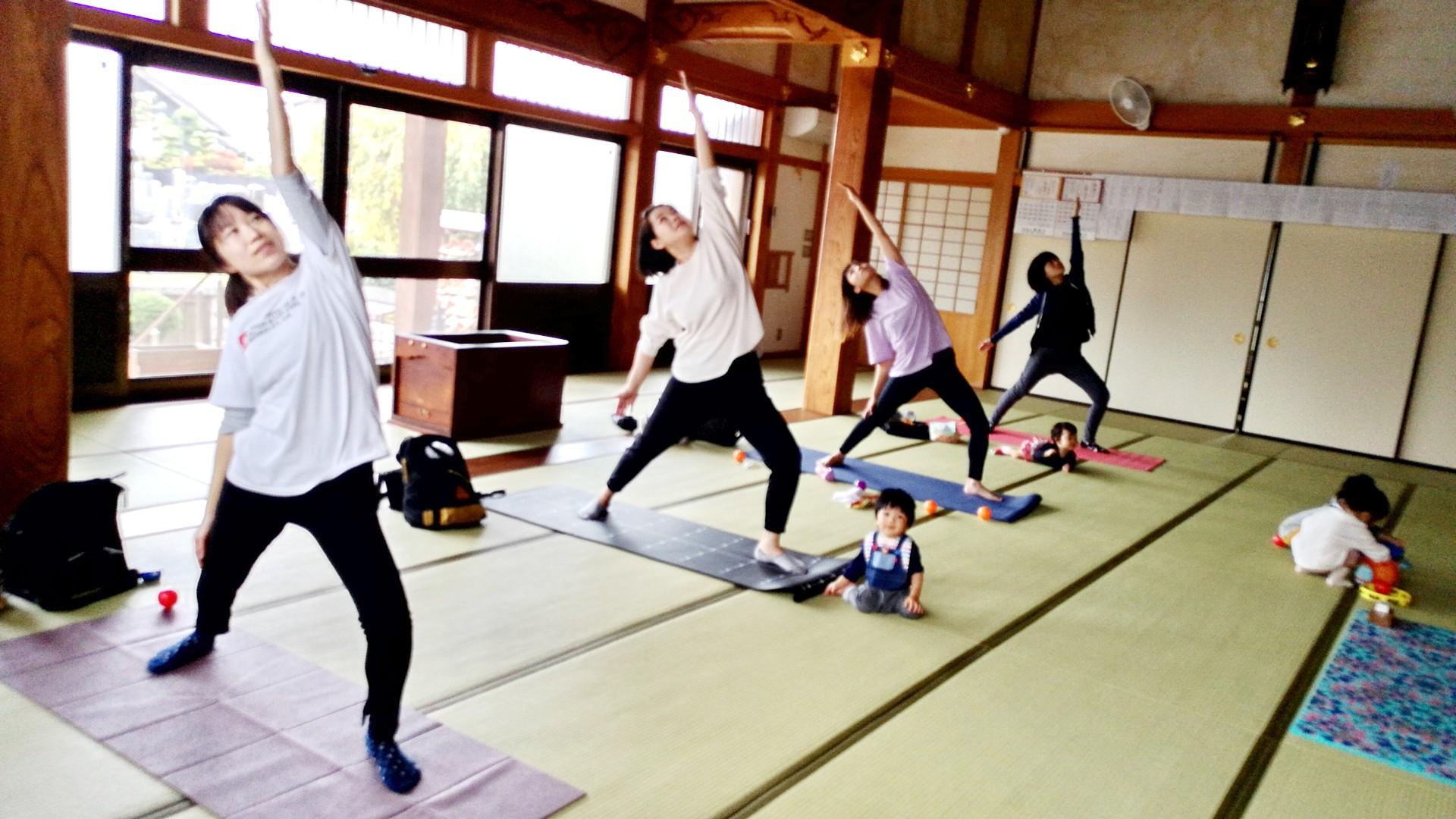 子連れヨガ【愛知県犬山市ヨガ教室】産後ヨガの画像